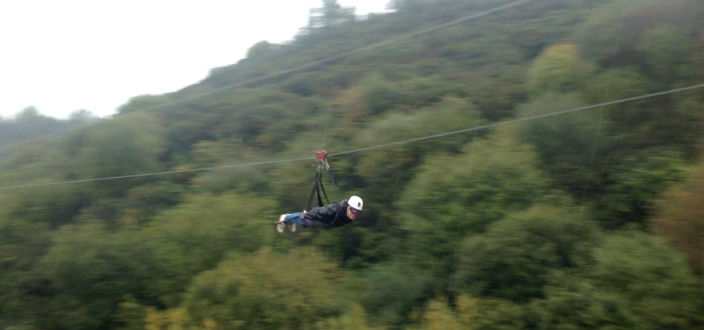 Farmer Jez and Lou Brave … The SkyWire at the Eden Project